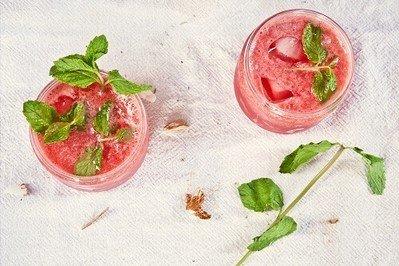 Cocktailbuch, Weinbuch & Co. – Neue Inspirationen einholen und originelle Drinks kreieren
