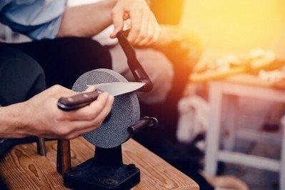 Messerschärfer, Wetzstein oder Wetzstahl für scharfe Messerklingen