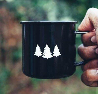Becher als universelles Trinkgefäß für Kaffee, Tee & Co.
