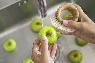 Küchenbürste kaufen – Teller und Tassen effektiv reinigen
