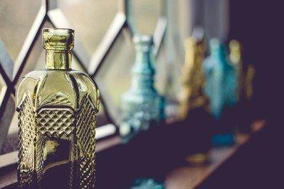 Glasflaschen & Trinkflaschen