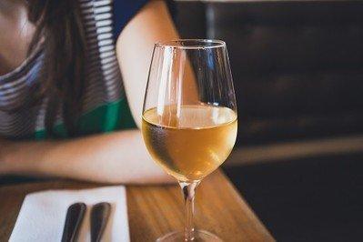 Weißweingläser für einen exzellenten Weingenuss